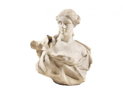 Sculpture  - Italian bust of woman - 17th century