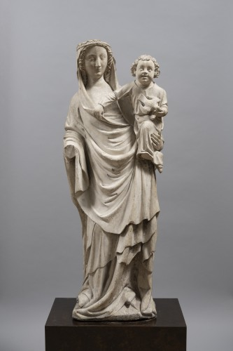 Virgin and Child, Limestone, Champagne (Seine-et-Marne), mid 14th century - Sculpture Style Middle age