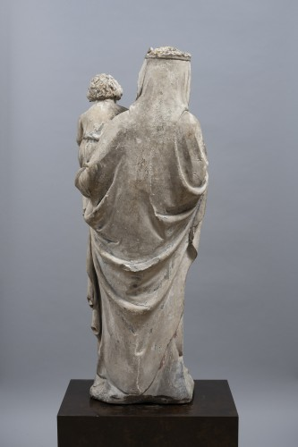 Middle age - Virgin and Child, Limestone, Champagne (Seine-et-Marne), mid 14th century