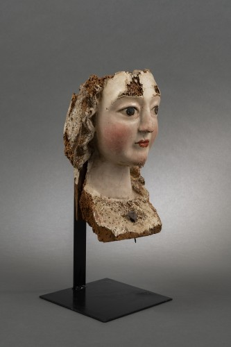 11th to 15th century - Gothic female head - Rhine, Second half of the 13th century