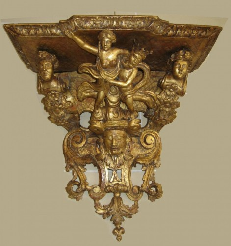 18th century - French Louis XIV period wall bracket, circa 1700