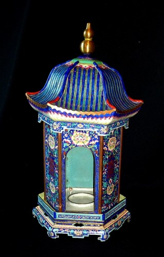 Chinese K'ien-Lung period pagoda shaped Canton enamel lantern, 18th C. -