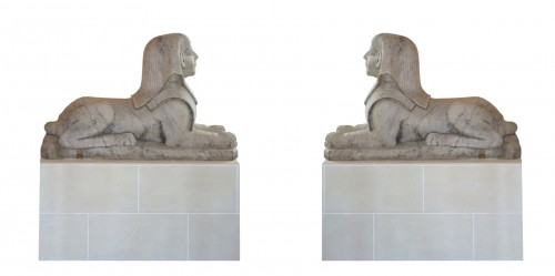 19th century - A pair of large French Empire period white marble sphinxes, circa 1800