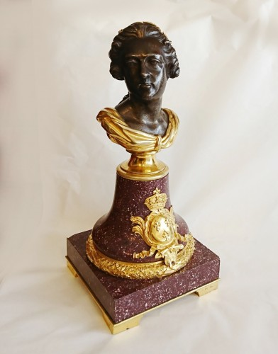 Sculpture  - French porphyry, cast iron and ormolu bust of King Louis XV, circa 1820