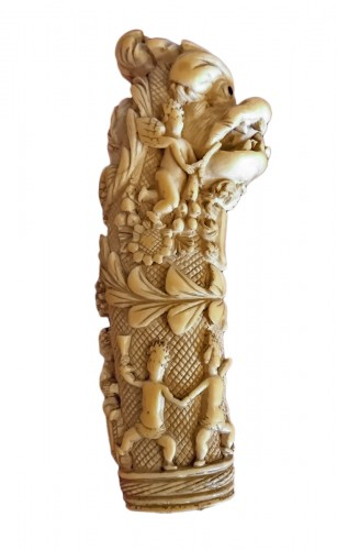 French Dieppe carved ivory hunting knife handle, 1st half of the 18th c.