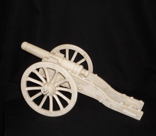 Curiosities  - Anglo-Indian bone model of cannon, Southern India, second half 19th c.