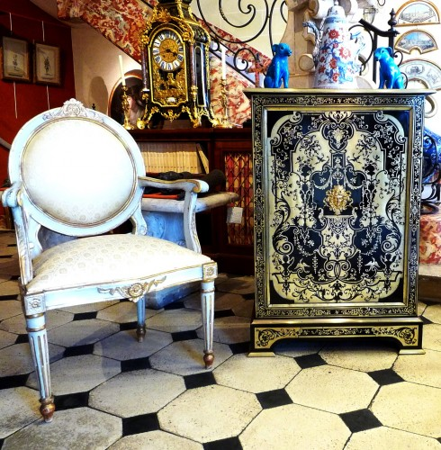 19th century - A French Louis XIV style Boulle marquetry on ebony cabinet