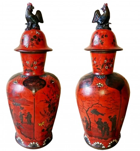 A pair of Berlin coral red lacquered porcelain vases, late 18th c.
