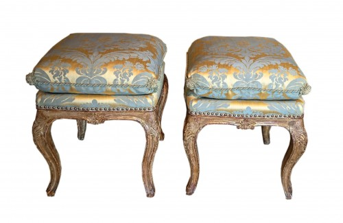 A pair of North Italian carved and gilt wood square stools, circa 1750 - Seating Style Louis XV