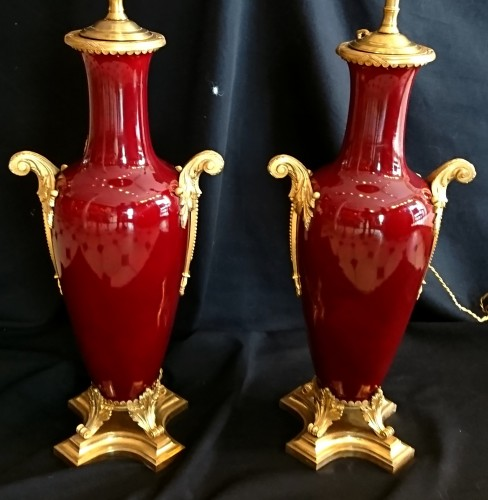 A pair of large French Napoleon III period sang de boeuf lamps - Lighting Style Napoléon III