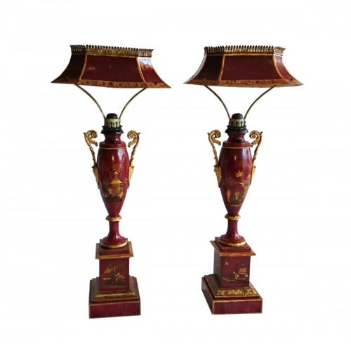 A pair of French Charles X period painted tole lamps, Thilorier, vers 1825