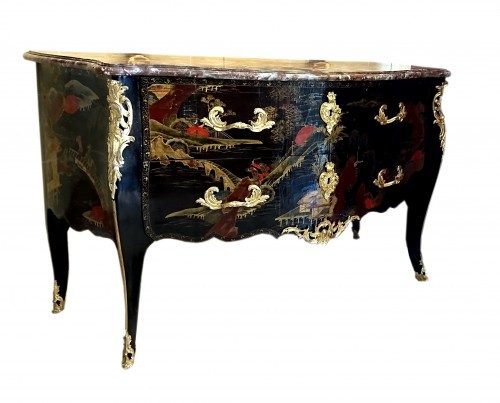 French Louis XV period Chinese lacquer commode, circa 1750 - Louis XV