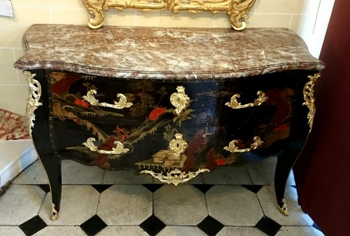 Louis XV - French Louis XV period Chinese lacquer commode, circa 1750