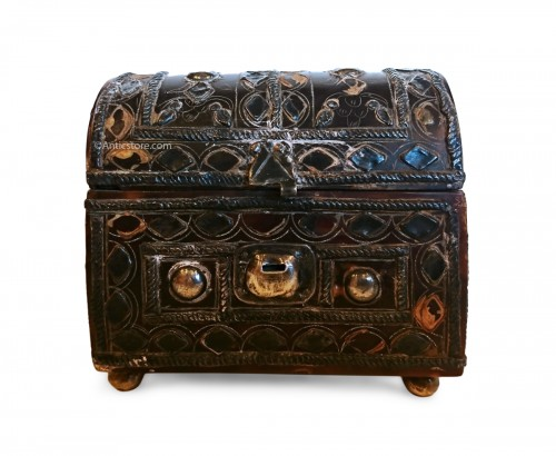 Mexican colonial miniature tortoiseshell and silver casket, circa 1700-50