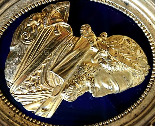 Henri IV and Sully : pair of French oval gilt bronze medallions, circa 1780 - Louis XVI