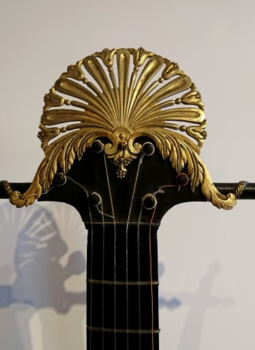 A French Consulate period lyre guitare attributed to Mareschal - Directoire