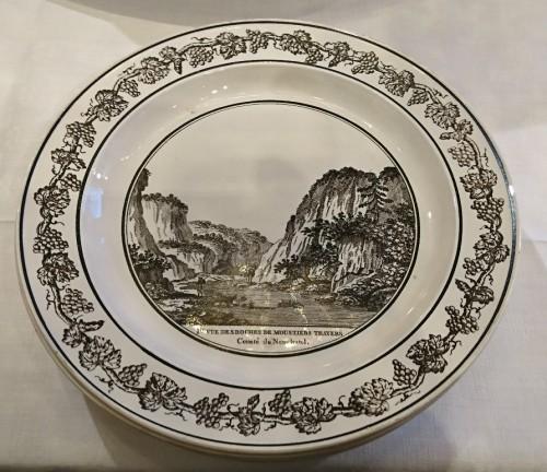 Porcelain & Faience  - A composite set of 229 Creil faience fine pieces, Stone Coquerel & Legros