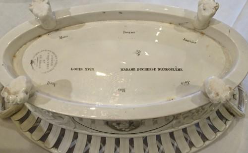 Restauration - Charles X - A composite set of 229 Creil faience fine pieces, Stone Coquerel & Legros