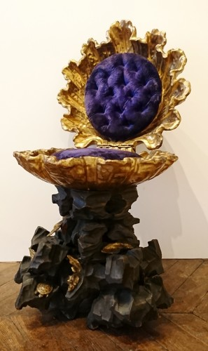 Louis-Philippe - An Italian baroque carved, lacquered and gilt wood grotto stool, c. 1830-50