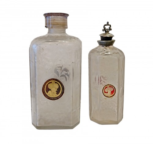Two Bohemian glass bottles with zwischengoldglas medallions, 18th c.