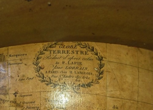 A French terrestrial globe by Lorrain, model by lapie, circa 1830-1835 - Collectibles Style Restauration - Charles X