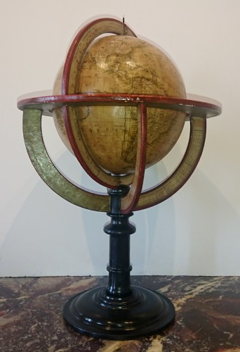 19th century - A French terrestrial globe by Lorrain, model by lapie, circa 1830-1835