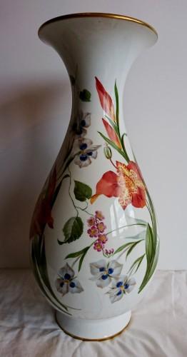 Napoleon III period Sevres porcelain vase, Charles Garnier, 1853 - Porcelain & Faience Style Napoléon III