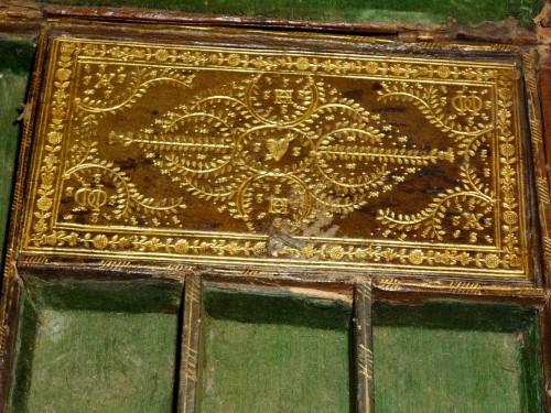 Antiquités - A Louis XIII Parisian leather casket with petits fers decoration