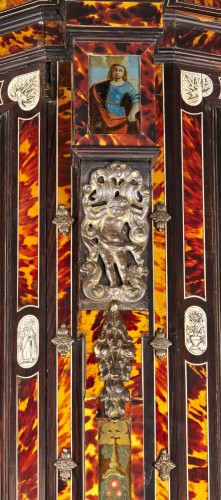 Furniture  - Large Flemish baroque walnut and tortoiseshel showcase, c. 1650