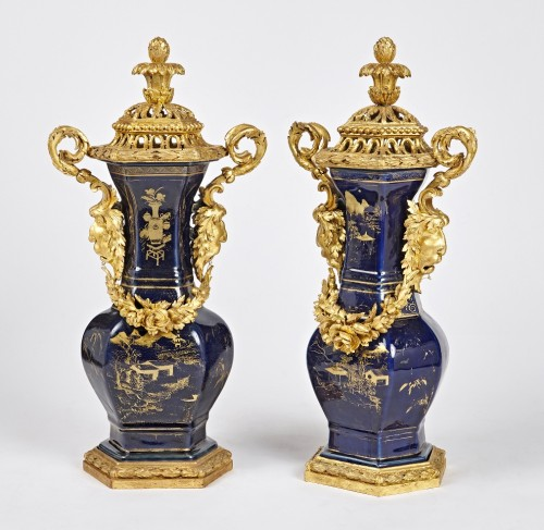Decorative Objects  - A pair of powdered blue vases with Piedmontese gilt wood mounts c. 1780