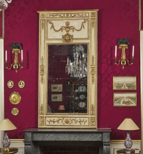 18th century -  A large Italian neoclassical trumeau circa 1780