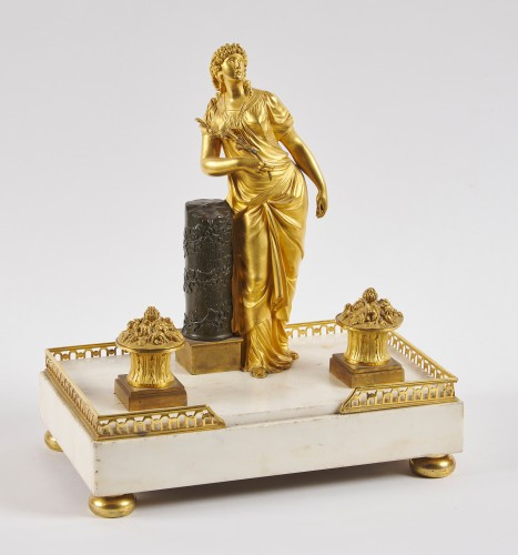 A French Directoire marble and ormolu desk inkwell - Decorative Objects Style