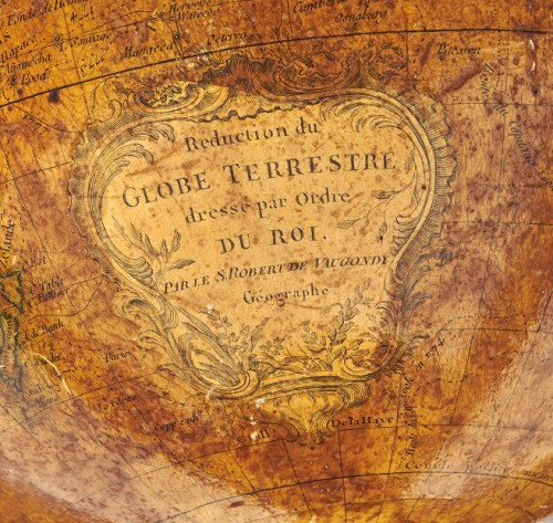 Collectibles  - A pair of terrestrial globe and planetarium by Delamarche dated 1821