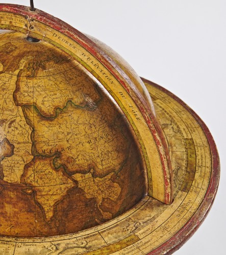 Antiquités - A pair of terrestrial globe and planetarium by Delamarche dated 1821