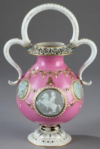 "19th century - Sèvres ""Vase Bijou"" in ""Pâte sur Pâte"", year 1863"