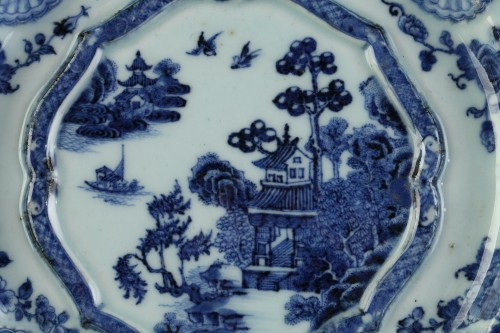Porcelain & Faience  - Two armorial dishes, China export ware circa 1750