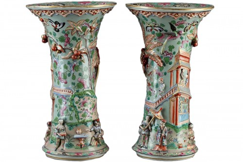 Paire of Bayeux vases, 19th century.