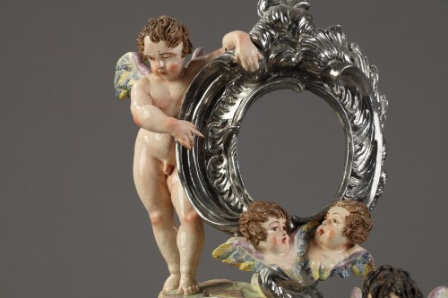 Porcelain & Faience  - Naples reliquary, end of 18th century