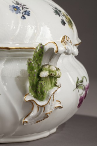 Pair of terrines Meissen circa 1750 - Porcelain & Faience Style