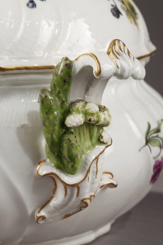 Porcelain & Faience  - Pair of terrines Meissen circa 1750