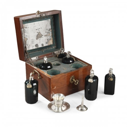 18th century box containing perfum bottles