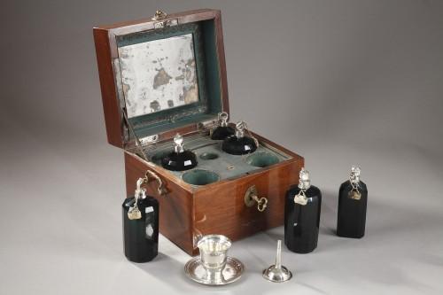 18th century - 18th century box containing perfum bottles