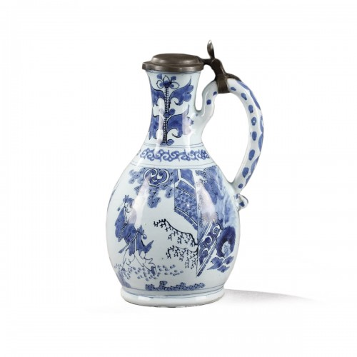 Earthernware jug and its cover, Delft 17th century