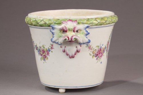 BOURG LA REINE : Soft paste Flowerpot. Mid 18th century. -