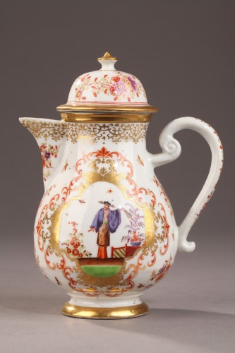 "18th century - China Exportware Ewer decorated in ""Chinoiserie style"" 18th century"