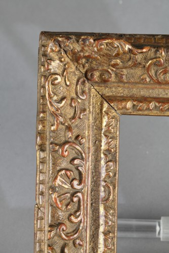 Carved giltd oak wood frame, France 18th centuryA  - Decorative Objects Style Louis XV