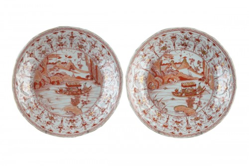 Two dishes decorated in rouge de fer. China Kangxi (1662 - 1722)