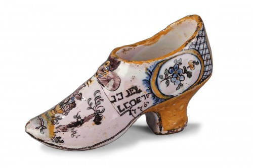 FranceSouth Ouest (Negrepelisse?)  - Faience Masonique shoe, circa 1776