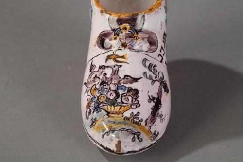 FranceSouth Ouest (Negrepelisse?)  - Faience Masonique shoe, circa 1776 -