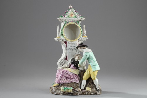 Boselli manufacture at Savone, Watch holder. second half of 18 th century - Porcelain & Faience Style